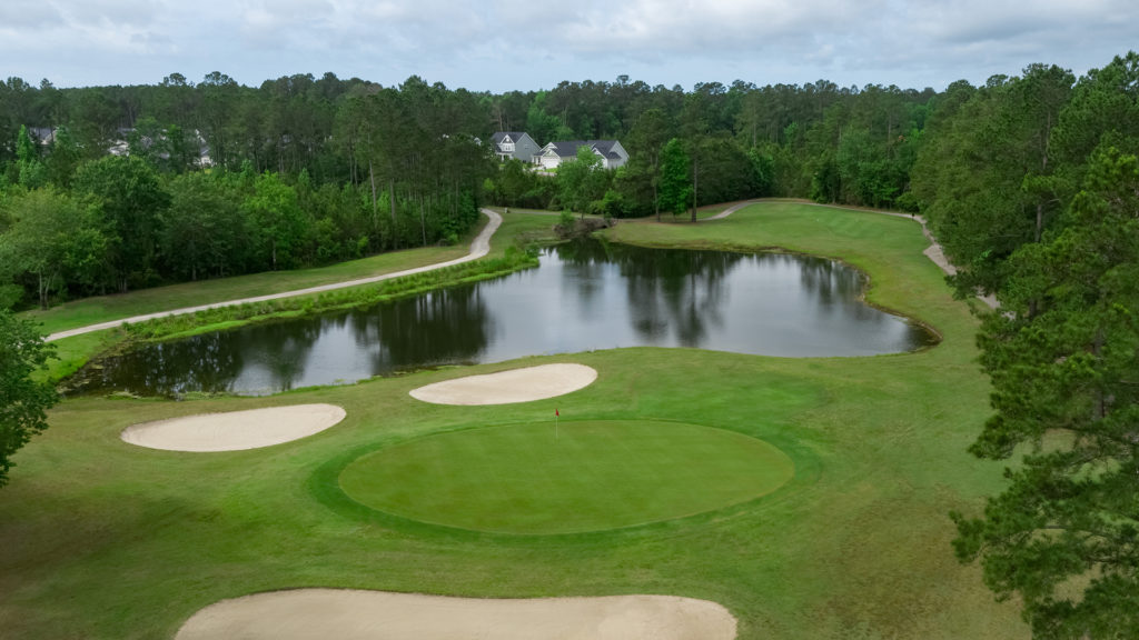 Colonial Charters - Hole 10